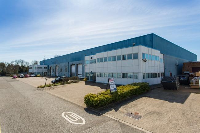 Unit 1 Summit Centre, Summit Road, Potters Bar, EN6 3QW